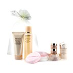 Shiseido Benefiance Travel Limited Set: Balancing Softener Enriched + Extra Creamy Cleansing Foam +  Night Cream + Day Emulsion SPF15 + Intensive Eye Contour Cream + Maquillage Powder