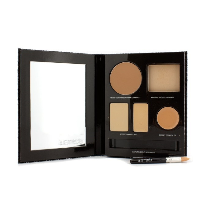 The Flawless Face Book - # Sand (1x Creme Compact, 1x Pressed Powder w/ sponge, 1x Secret Camouflage...)
